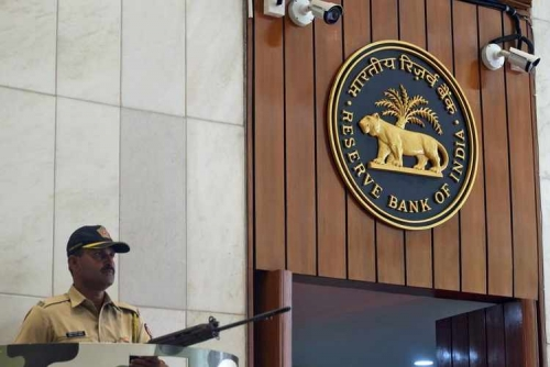 India's top bank appeals for NPA classification