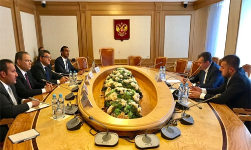 Diplomats meet Russian official