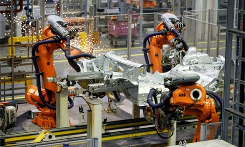 UK manufacturing hits seven-year low