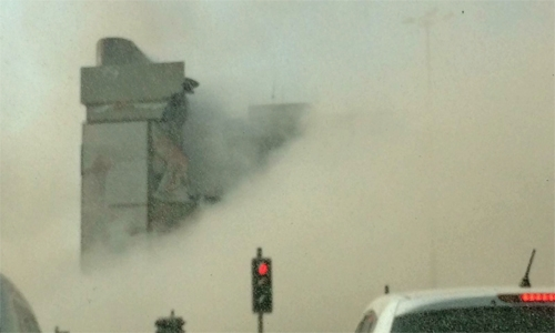 Unlicensed demolition brings traffic to a standstill in Bahrain