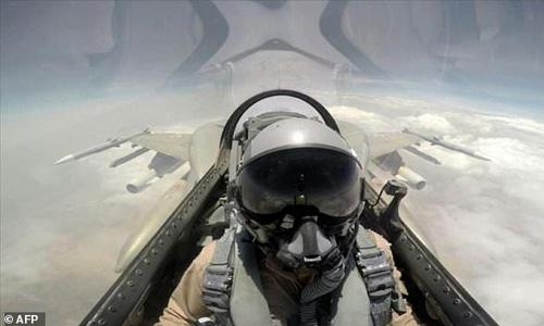 Saudi pilot killed in Yemen operation against Al-Qaeda