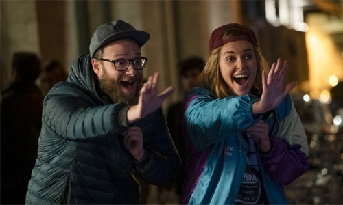 Long Shot : Charlize Theron and Seth Rogen dazzle in unlikely romcom