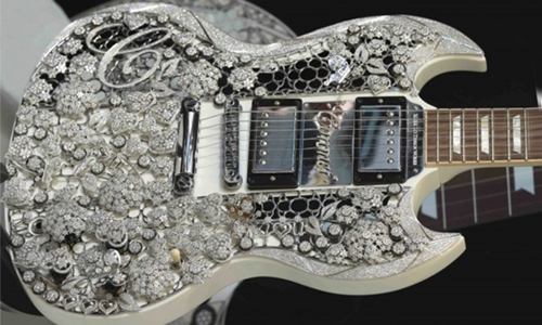 World's most expensive guitar to be displayed at Abu Dhabi jewellery show