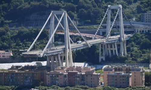 Genoa starts demolishing bridge