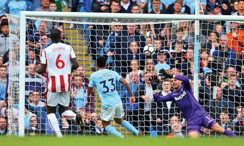 Seven up Manchester City put Stoke to the sword