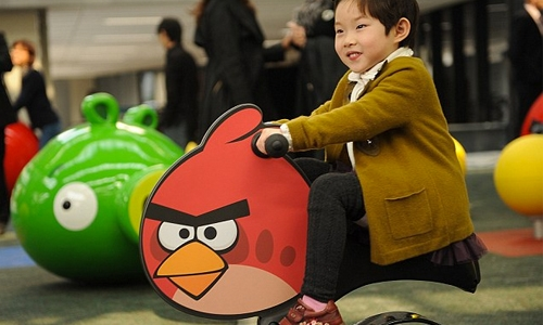 'Angry Birds' maker spreads wings in market debut