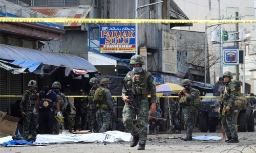 Nine women arrested over bomb plots in Philippines