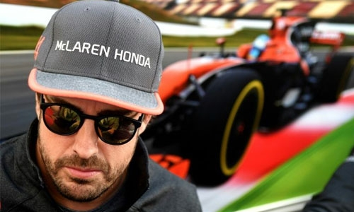 Alonso completes Indy 500 rookie test work