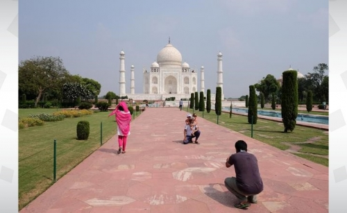 Taj Mahal gets first visitors despite infections increase