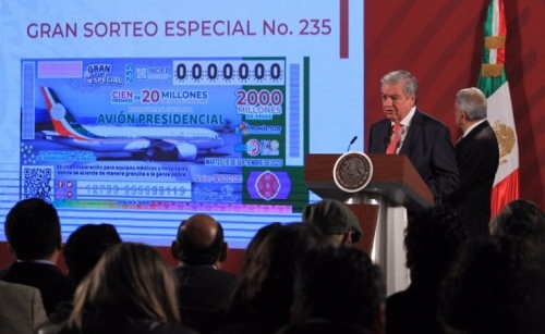 Mexico only sells quarter of raffle tickets for presidential plane