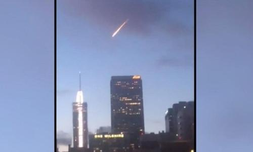 Los Angeles 'meteor' sets internet alight