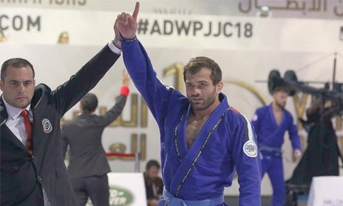 Eldarov competes at Abu Dhabi