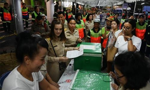 Thai junta takes shock lead