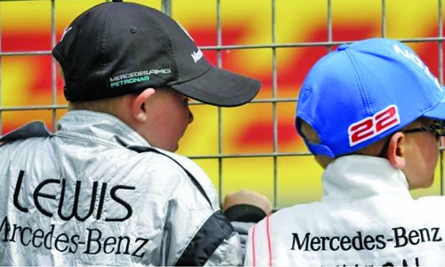 'Grid kids' to replace F1 'grid girls'