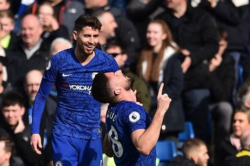 Giroud, Alonso back in favour as Chelsea sink Spurs