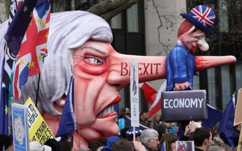 Anti-Brexit protesters mass in British capital for rally