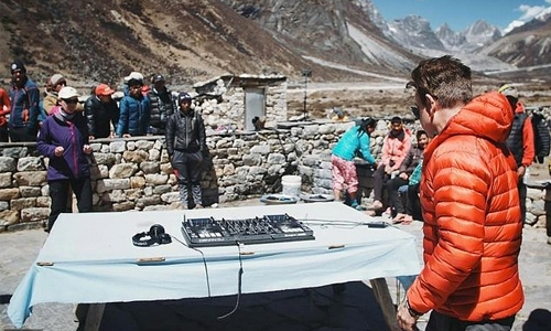British DJ to perform world's highest gig on Everest