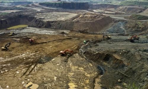 At least 15 dead in Myanmar jade mine landslide