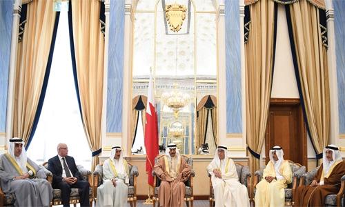 Premier lauds Saudi services to pilgrims