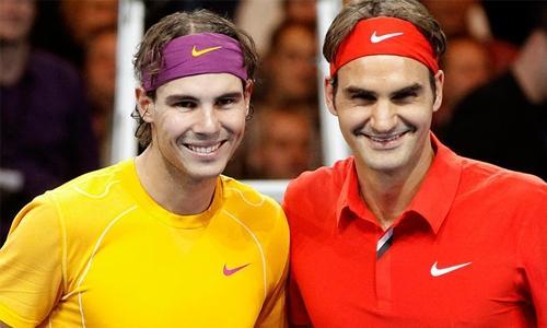 Federer, Nadal stay on track