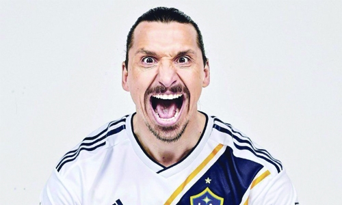 Ibrahimovic move announced via advert