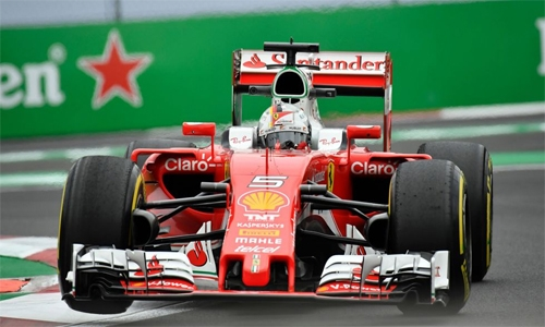 Formula One: Vettel tops Hamilton in practice