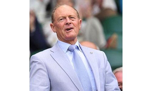 England legend Boycott apologises for 'unacceptable' remark