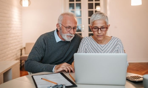 Older people, conservatives more likely to share fake news