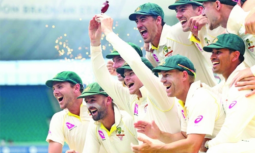 Australia romp to Ashes victory