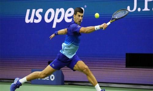 Djokovic wins US Open semi-final, keeps quest for calendar Grand Slam on track