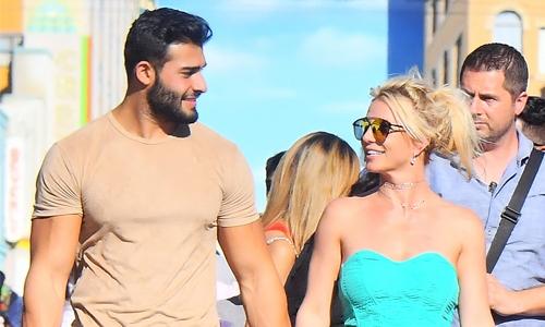 Britney Spears, Sam Asghari having great time in Miami