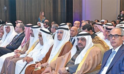 Trump, Bahrain crown prince meet at White House