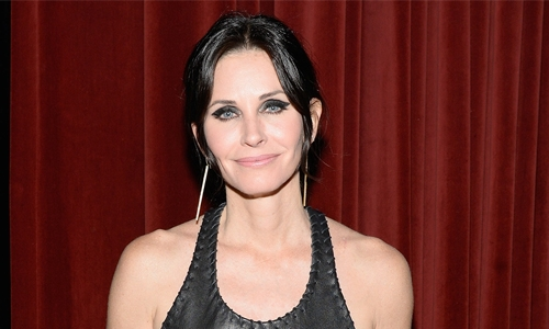 Courteney Cox to star in, produce series on Netflix's 'Last Chance U' breakout