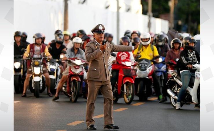 Thai king orders new traffic rules