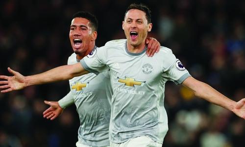 Matic stunner seals United comeback