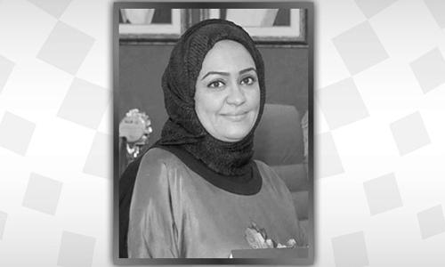 Well-known Bahraini journalist Sana Saqr dies