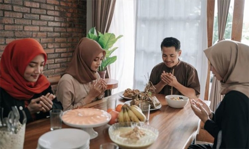 Delay pre-dawn meal to avoid dropping sugar level during fasting: Dr Al Saad