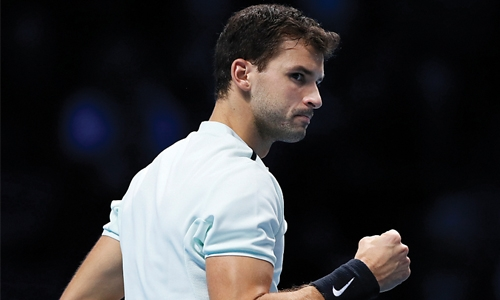 'Nervous' Dimitrov edges past Thiem
