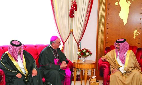 HM King lauds tolerance,  coexistence in Bahrain
