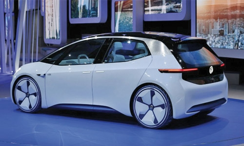 Volkswagen Speeds Up Electric Car Push with Spending Plan