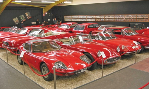 Museum with classic cars travels visitors through time