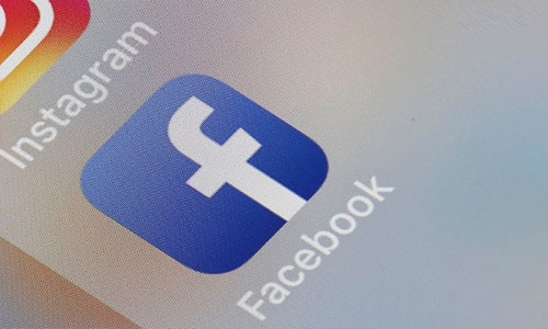 Facebook to pay $1 billion to creators of popular content
