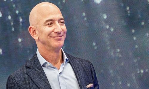 Jeff Bezos sells Amazon shares worth 6.7 billion dollars