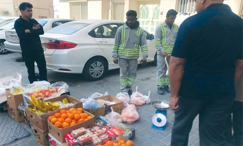 Crackdown on illegal vendors, construction in Bahrain