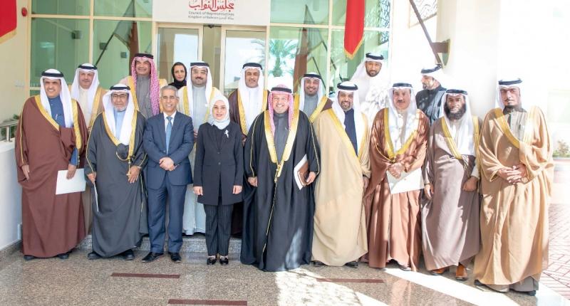 Meeting focuses on executive-legislature co-operation