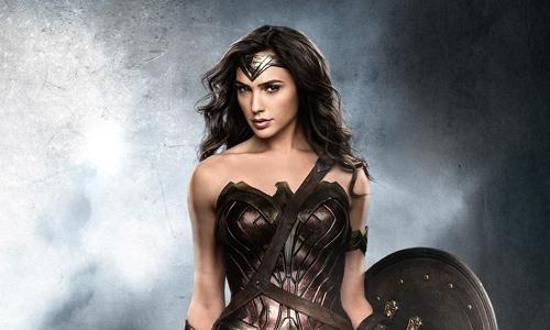 Patty Jenkins reveals Gal Gadot's new gold armour from 'Wonder Woman 1984'