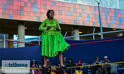 Bolivia's women wrestlers back in the ring
