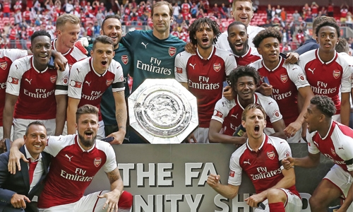 Arsenal win Community Shield