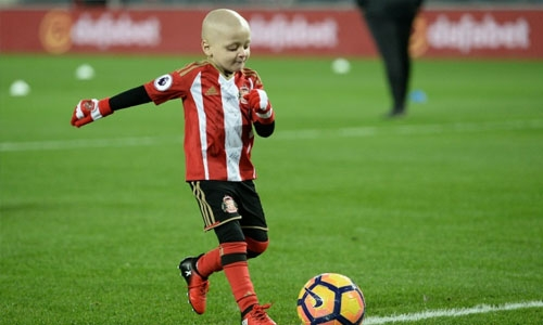 Terminally ill Sunderland fan, 5, wins goal of the month