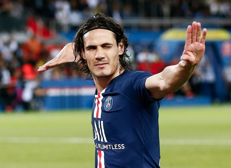 'Strong chance' Cavani will join Atletico, says father